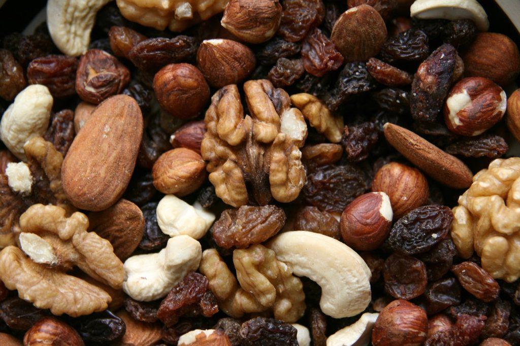 ナッツには上質な脂質が多く含まれる